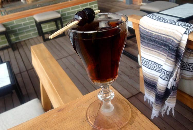 cocktailstheoutsider